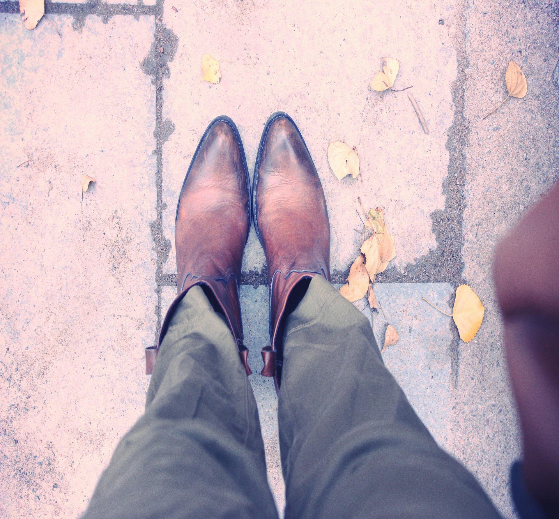 nunaavane-fashion-blogger-stockholm-europe-trip-outfit-casual-wear-ctbb5