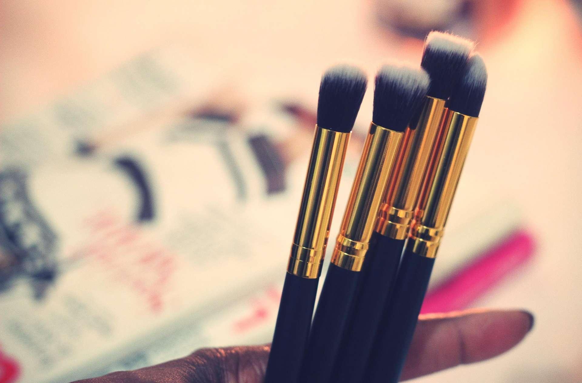 Make-up-brushes-facebrushes-eyebrushes-beauty-blackbeautyblogger-ctbb4