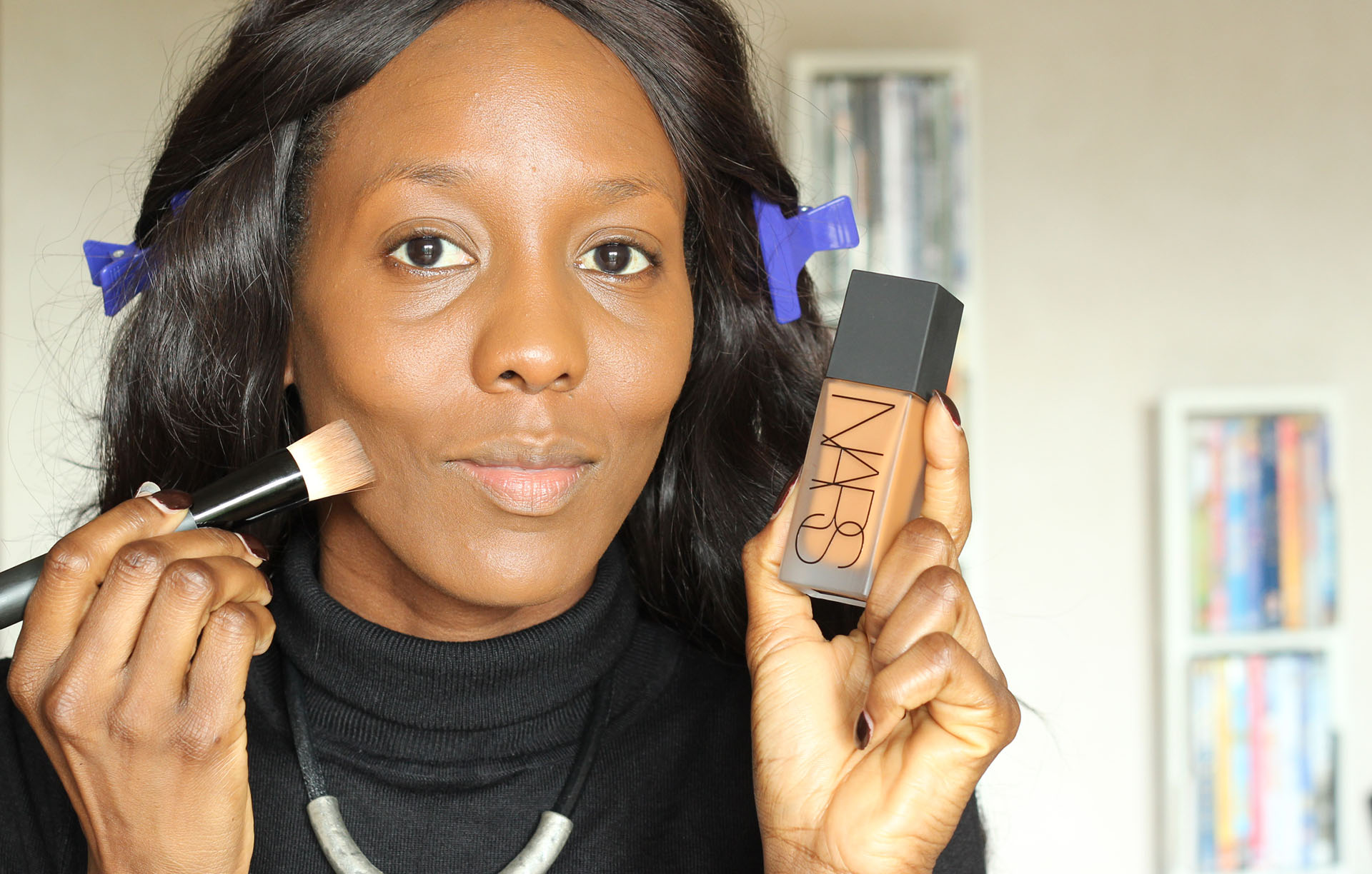 nunaavane-step-by-step-flawless-makeup-nars-foundation