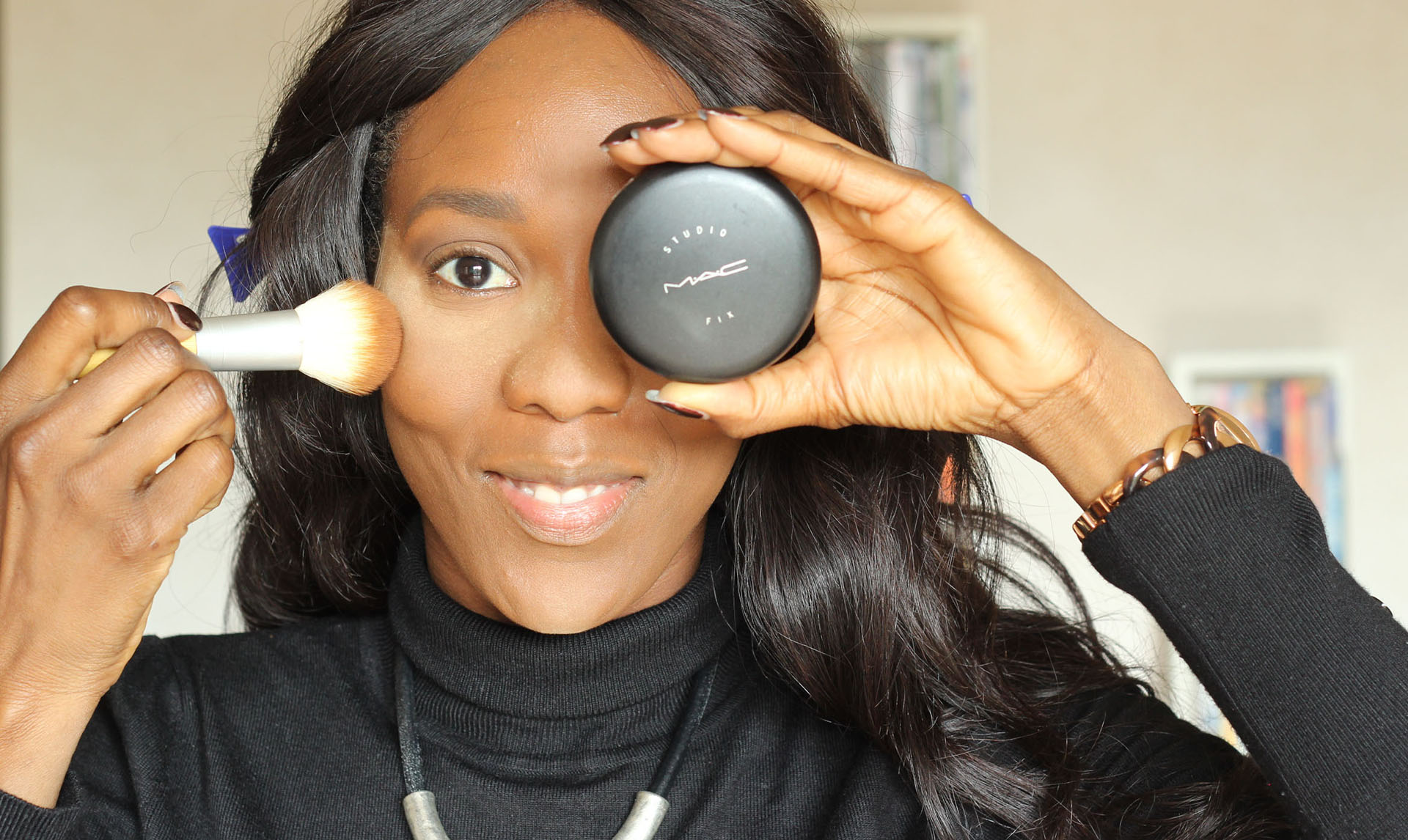 nunaavane-step-by-step-flawless-makeup-powder-foundation
